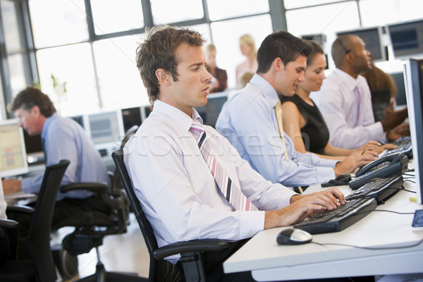 Foto stock: Stock · trabajo · negocios · ordenador · empresario · hombres