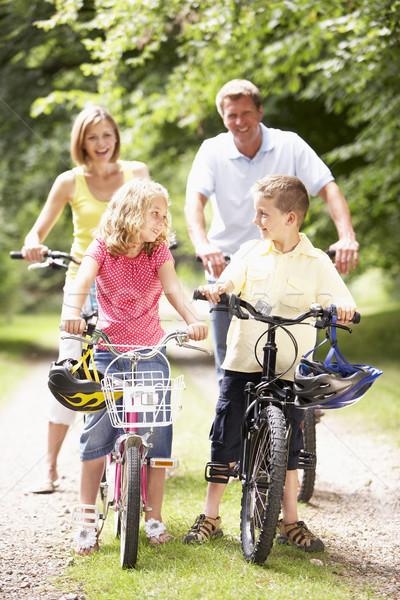 Stockfoto: Familie · paardrijden · fietsen · platteland · glimlach · man