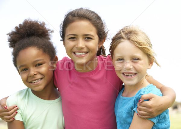Stok fotoğraf: Genç · kızlar · oynama · park · çocuklar · çocuk