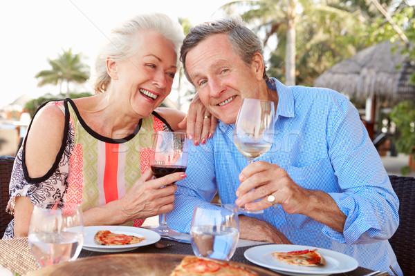 Stockfoto: Genieten · maaltijd · outdoor · restaurant · wijn