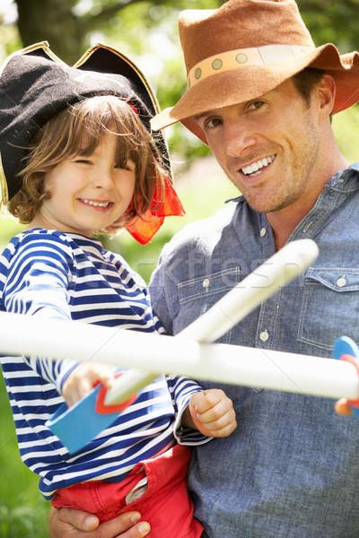Pai jogar emocionante aventura jogo filho Foto stock © monkey_business
