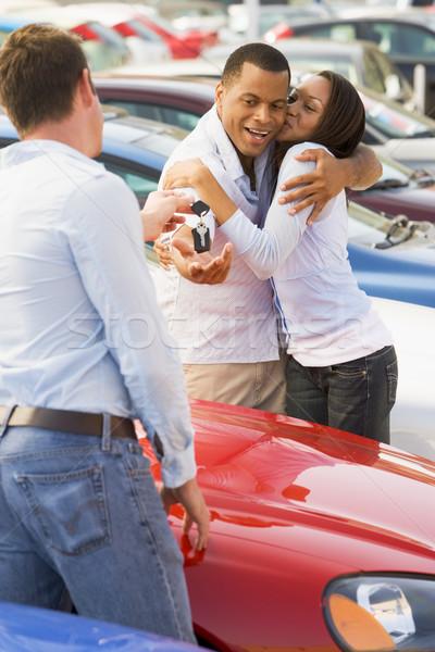 пару Новый автомобиль продавцом автомобилей человека Сток-фото © monkey_business