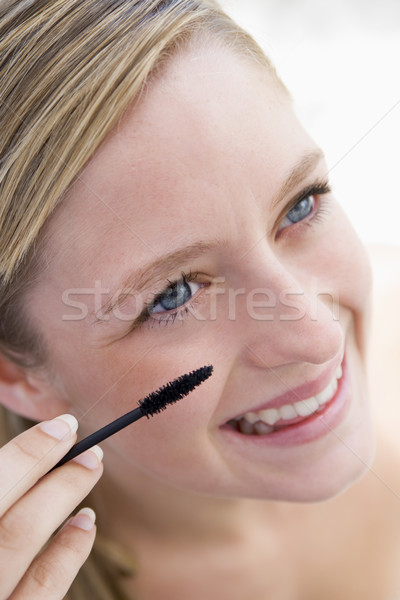 Femme mascara femme souriante Teen Homme brosse Photo stock © monkey_business
