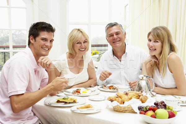 ストックフォト: 家族 · グループ · ホテル · 朝食 · 女性