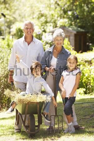 Dedesi torunlar piknik sepeti sonbahar adam Stok fotoğraf © monkey_business