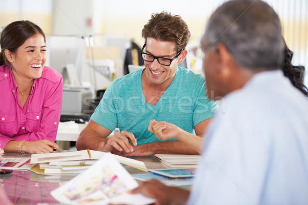 Stock fotó: Csapat · megbeszélés · kreatív · iroda · üzlet · férfi