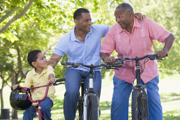 Dziadek wnuk syn rowerów jazda konna rodziny Zdjęcia stock © monkey_business