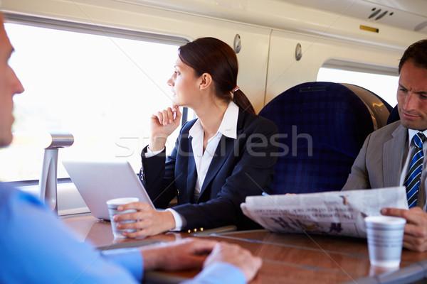 Stock fotó: üzletasszony · ingázás · munka · vonat · laptopot · használ · nők