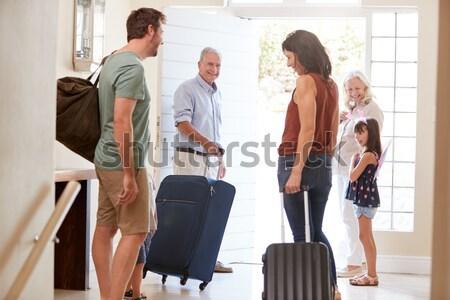 Foto stock: Pasajeros · espera · aeropuerto · salida · salón · hombre