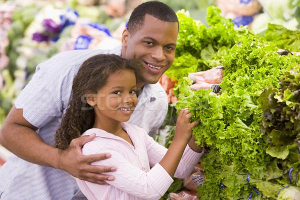 Padre figlia acquisto supermercato ragazza Foto d'archivio © monkey_business