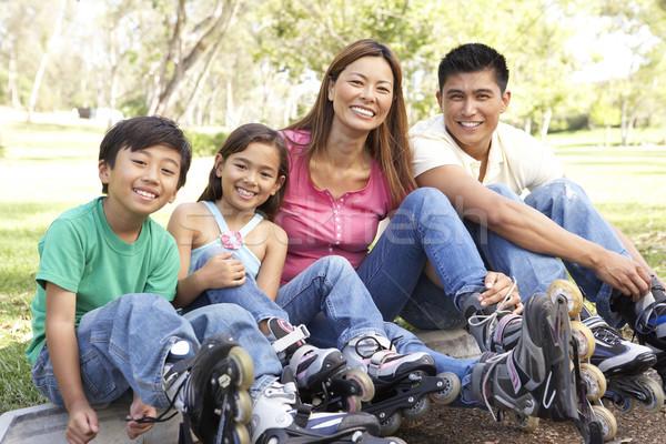 Foto stock: Família · linha · patins · parque · crianças · homem