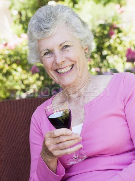 Foto stock: Senior · mulher · vidro · vinho · vinho · tinto