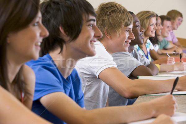 Kolegium studentów słuchania uczelni wykład student Zdjęcia stock © monkey_business