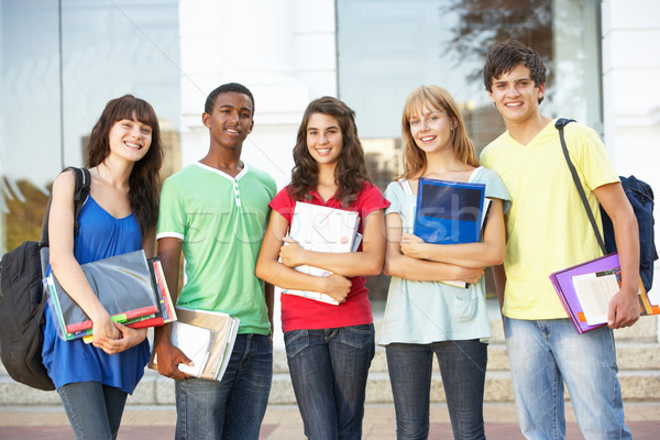 Stock foto: Gruppe · jugendlich · Studenten · stehen · außerhalb · College