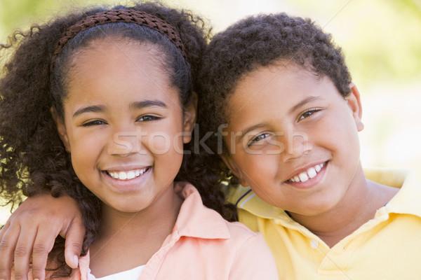 Stock fotó: Fivér · lánytestvér · kint · mosolyog · lány · boldog