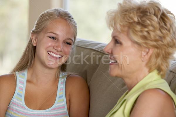 Stockfoto: Moeder · dochter · samen · home · familie · gelukkig