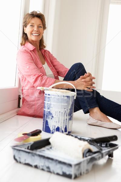 Idős nő ház otthon festék festmény Stock fotó © monkey_business