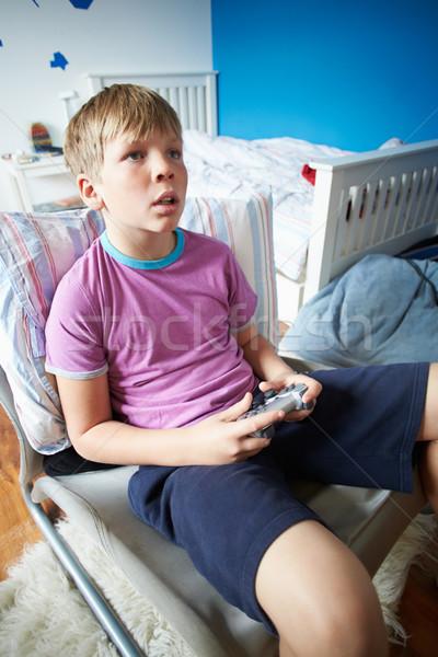 Erkek oynama video oyunu çocuklar mutlu Stok fotoğraf © monkey_business