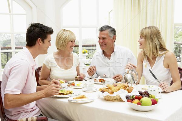 Stock fotó: Család · csoport · élvezi · hotel · reggeli · nők