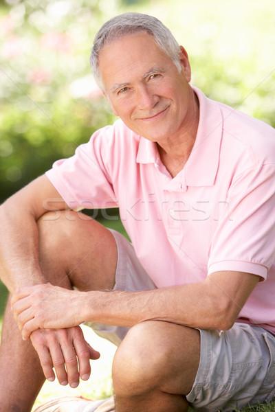 Foto stock: Senior · homem · relaxante · parque · primavera · feliz