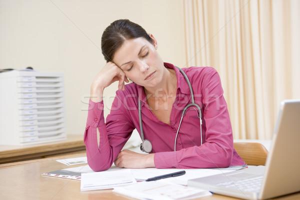 医師 ノートパソコン 寝 医療 健康 ストックフォト © monkey_business