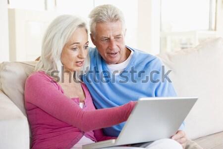 Stok fotoğraf: Dizüstü · bilgisayar · kullanıyorsanız · ev · kadın · ofis · adam