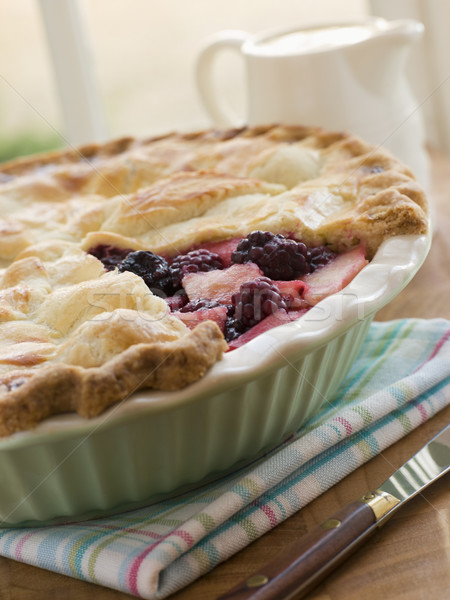 Caliente BlackBerry pastel de manzana alimentos cocina cocina Foto stock © monkey_business