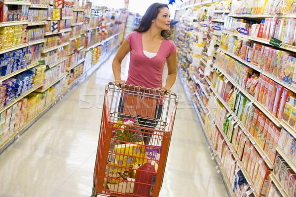 Stok fotoğraf: Genç · kadın · bakkal · alışveriş · süpermarket · gıda · mutlu