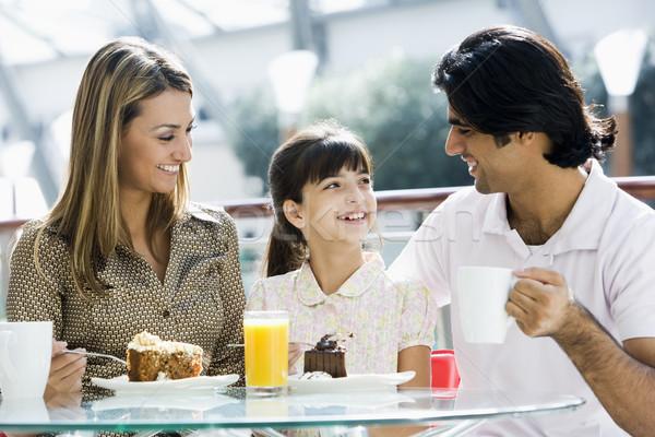 Aile kafe yeme parça Stok fotoğraf © monkey_business