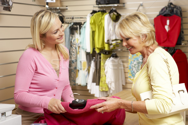 Satış asistan müşteri giyim depolamak kadın Stok fotoğraf © monkey_business