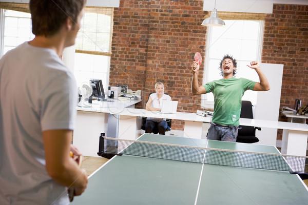 Twee mannen kantoor ruimte spelen ping pong business Stockfoto © monkey_business
