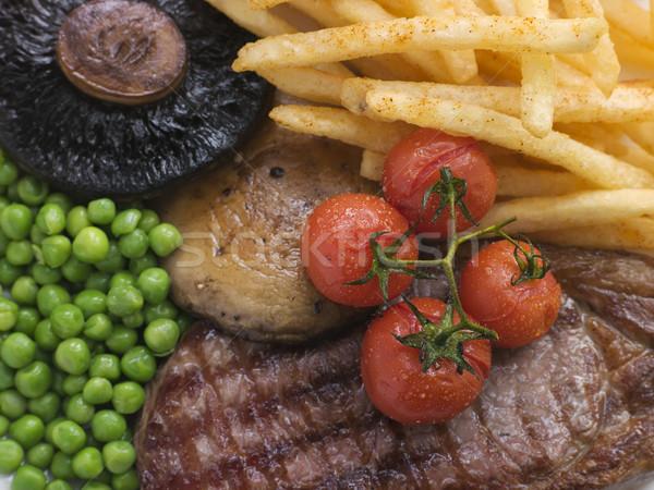 Controfiletto bistecca chip grill guarnire cena Foto d'archivio © monkey_business