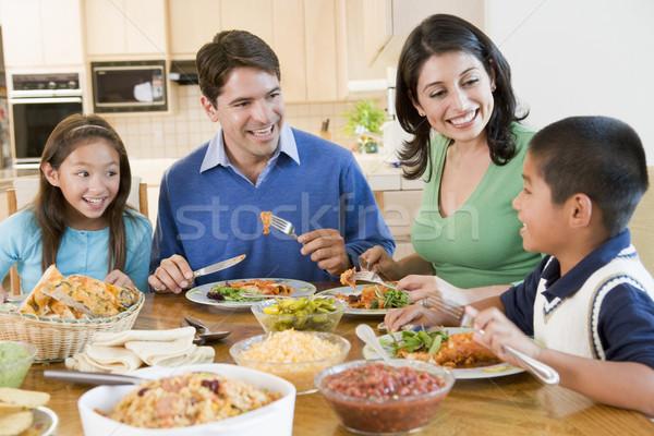 Familie genieten samen meisje kinderen man Stockfoto © monkey_business