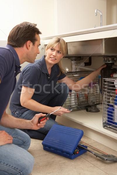 Plombier enseignement apprenti maison maison Photo stock © monkey_business
