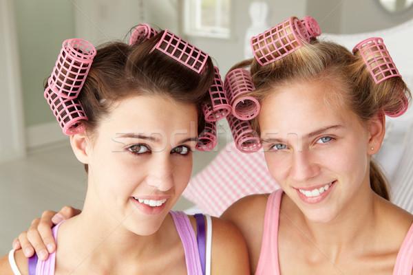 Tinilányok haj család szépség jókedv tinédzser Stock fotó © monkey_business