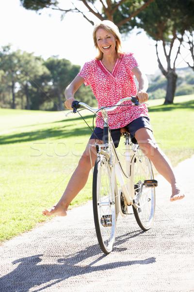 Foto stock: Senior · mulher · ciclo · verão · exercer