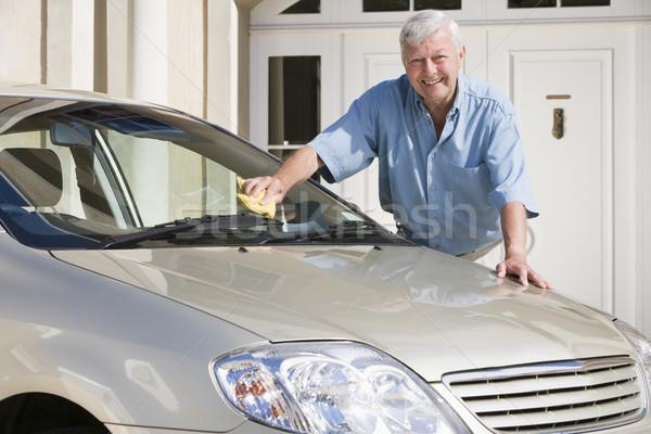 Foto stock: Senior · homem · limpeza · carro · fora · casa