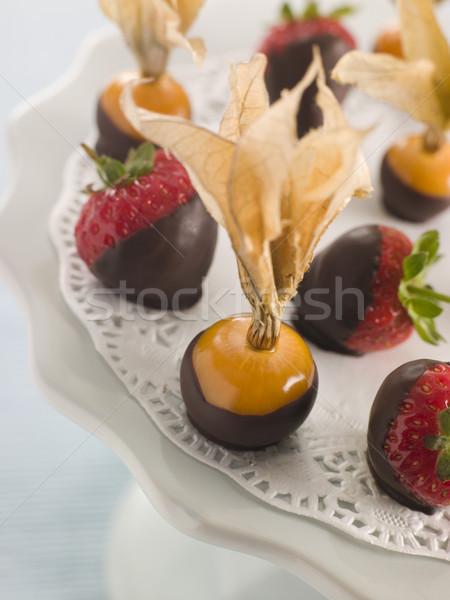 Сток-фото: шоколадом · плодов · приготовления · десерта · еды · конфеты