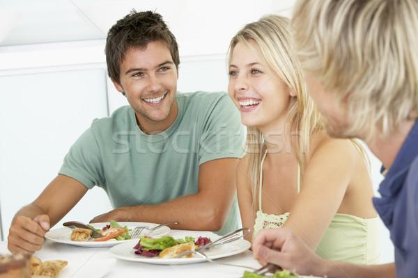 Stok fotoğraf: Arkadaşlar · öğle · yemeği · birlikte · ev · gıda · renk