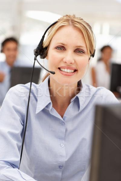 деловая женщина гарнитура бизнеса компьютер женщину Сток-фото © monkey_business
