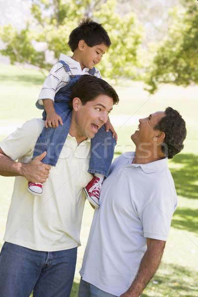 Foto stock: Abuelo · adulto · hijo · nieto · familia · hombre