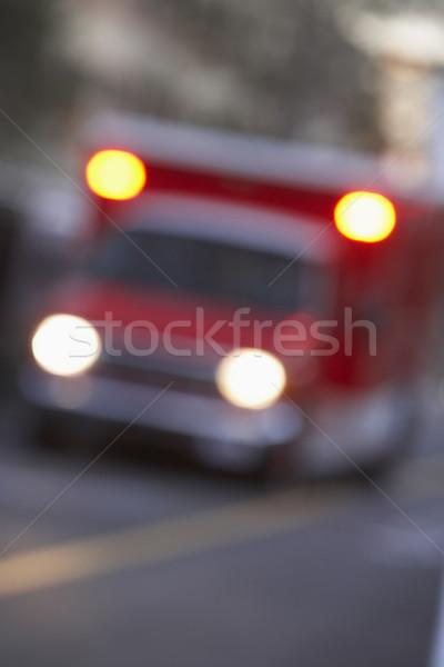 Shot ambulance straat vrachtwagen ziekenhuis medic Stockfoto © monkey_business