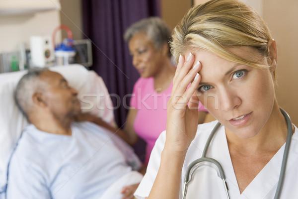 Stock fotó: Orvos · fejfájás · szoba · férfi · kórház · fájdalom