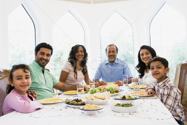 Közel-keleti család élvezi étel együtt gyermek Stock fotó © monkey_business
