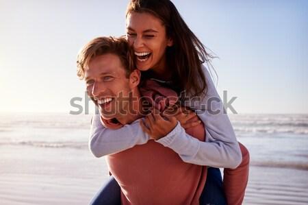 ロマンチックな ピギーバック 楽しい ビーチ 女性 ストックフォト © monkey_business