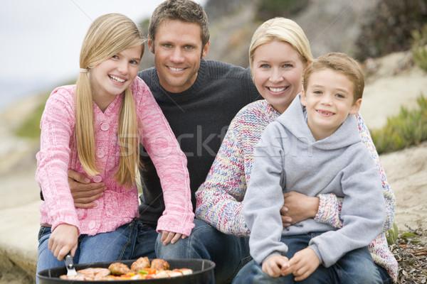 Família churrasco praia menina homem Foto stock © monkey_business