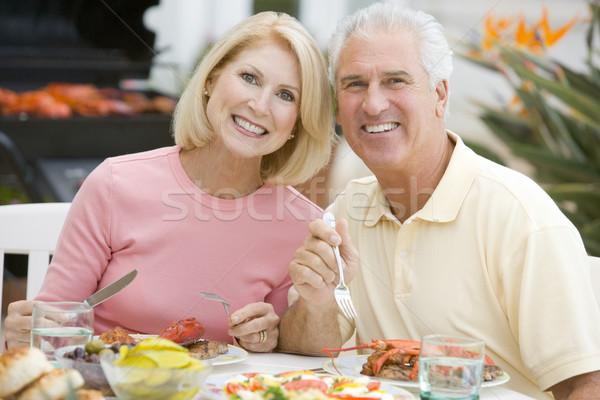 Сток-фото: пару · еды · саду · человека · счастливым