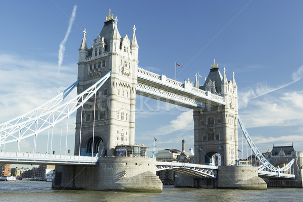 Tower Bridge Londra Inghilterra ponte cielo blu storia Foto d'archivio © monkey_business