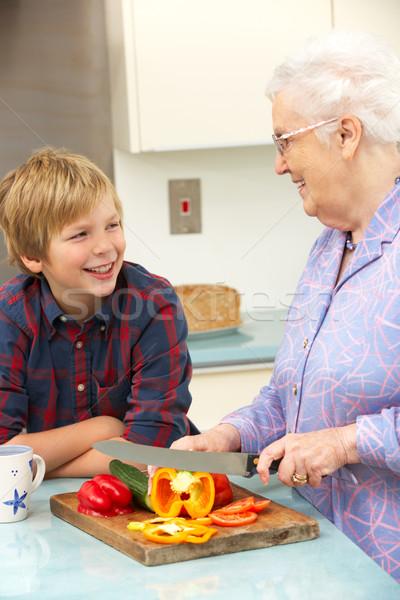 Nonna nipote cucina alimentare bambino Foto d'archivio © monkey_business