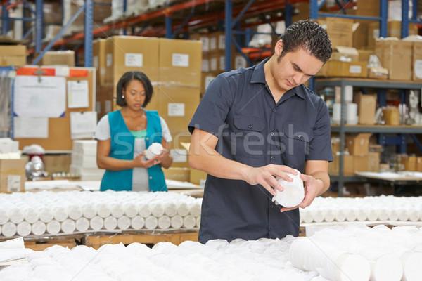 Stockfoto: Fabrieksarbeider · goederen · productie · lijn · vrouwen · vak